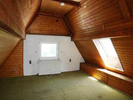 ** Kleines sanierungsbedürftiges Siedlungshäuschen ** Haus-& Hofbauweise, ruhige Lage (Sackgasse)...