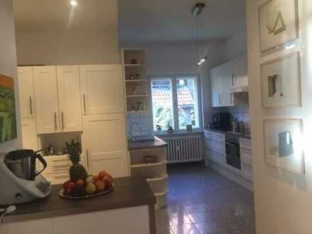 großzügige Wohnung in bevorzugter Wohnlage in Nikolassee