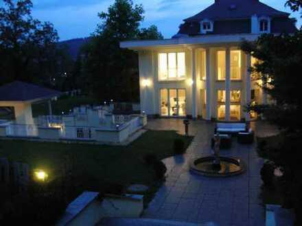großzügiger Wohntraum in Luxus Villa