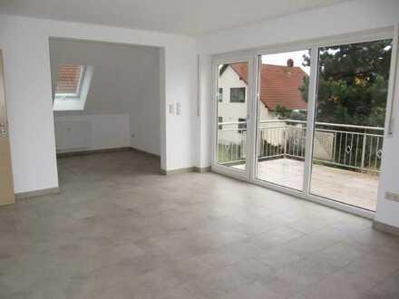 Fürth-Ronhof, moderne chice 4-Zi.-Galerie-Whg. ca. 100 qm, großer Balkon
