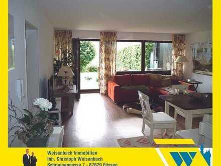 Sonnig und zentral gelegene 2-Zimmer-Wohnung mit herrlichem Bergblick und schönem Garten