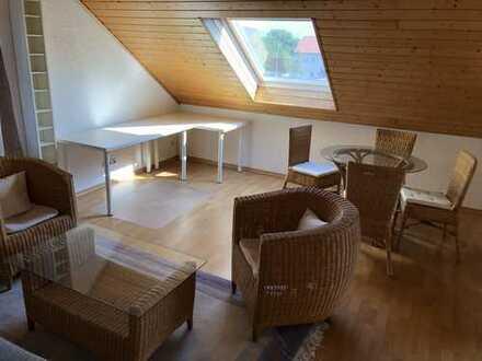 Schöne, geräumige, voll möbilierte und helle DG-Wohnung in Alzenau, Kreis Aschaffenburg