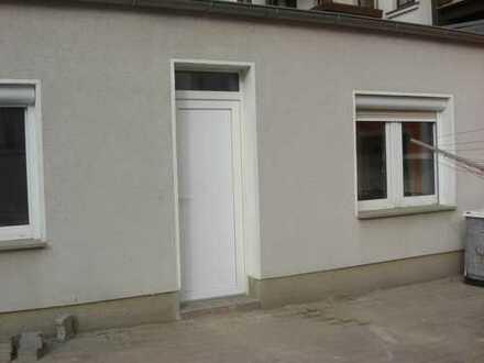 Kleine 2-Raum-Wohnung im Seitengebäude