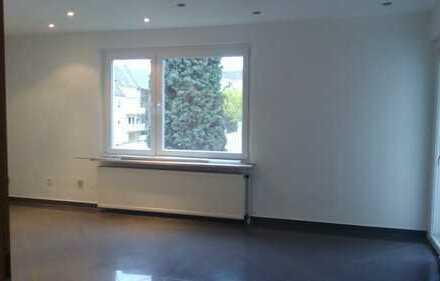 Vollständig renovierte 3-Zimmer-Wohnung mit Balkon und Einbauküche in Gelsenkirchen