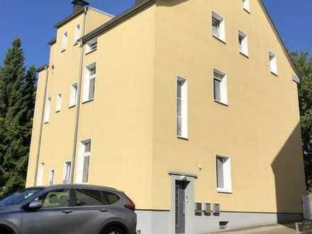 Historisches freistehendes Dreifamilienhaus mit Ausbaureserve in perfektem Zustand