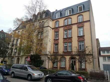 2 Zimmer 43 qm Dachgeschosswohnung in Heidelberg zu verkaufen.