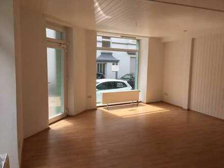 Ruhige und helle Büroräume mit Laminat in Herne - Süd 450 € + 50 € NK