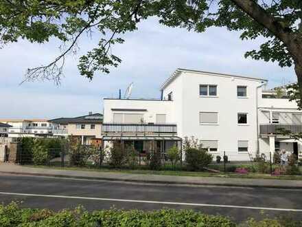 Komfortable Wohnung in der Kernstadt Lich mit großer Dachterrasse!