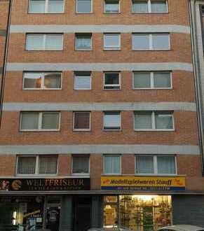 Ladenlokal / Büro / Praxis in guter Geschäftslage nähe Mülheimer Bahnhof in Köln ab sofort frei!