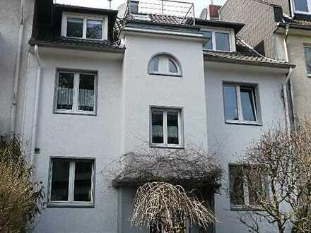 Herrliche drei Zimmer Wohnung in Köln, Braunsfeld