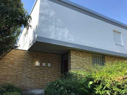 Erstbezug nach Sanierung: attraktives Einfamilienhaus mit sechs Zimmern in Bad Nauheim, Bad Nauheim