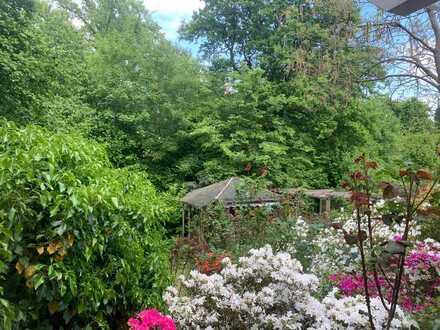 Garten-Bungalow-Wohnung mit rund 600 m² eigenem Grundstück