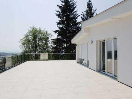 !!Traumwohnung!! -Moderne Penthousewohnung mit riesiger Terrasse im Bäderdreieck