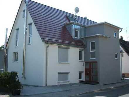Schöne fünf Zimmer Wohnung in Rems-Murr-Kreis, Rudersberg
