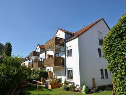 3-Zimmer-Wohnung mit Einbauküche und ca. 8 m² Südbalkon in Niedertraubling