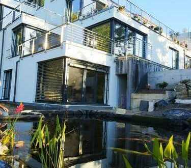 HHaus im Haus, die besondere Wohnung mit atemberaubendem Rheinblick