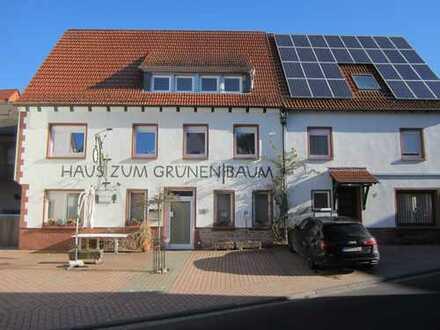 Liebevoll renovierte 5-Zimmer-Wohnung mit Terrasse und EBK in Rothenbuch