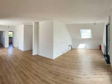 Schöne, geräumige drei Zimmer Wohnung in Offenbach (Kreis), Heusenstamm