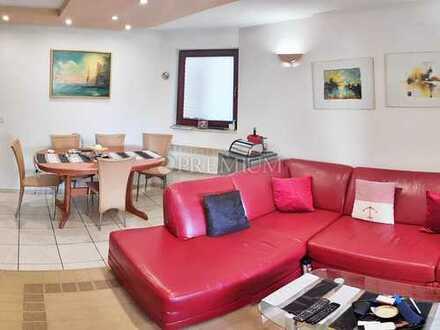 Malinska, Verkauf, Drei-Zimmer-Wohnung im Erdgeschoss in attraktiver Lage in der Nähe des Zentrums!