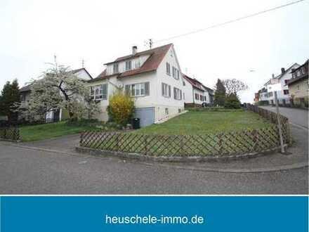Freistehendes Einfamilienhaus mit herrlichem Eckgrundstück für Handwerker.