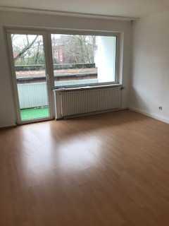 Wohnung mit Balkon; ruhig + zentral gelegen