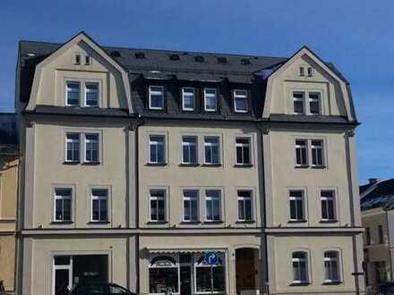 Renovierte 3-Zimmer-Wohnung im Zetrum von Oelsnitz/Vogtland