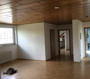 Helle 4-Zimmer Wohnung in Untermeiderich