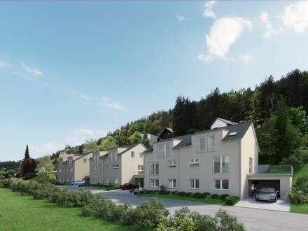 Viel Platz für die Familie: Doppelhaushälfte mit gehobener Ausstattung in gefragter Wohnlage!