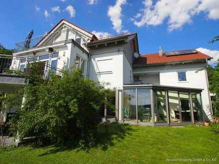 Exklusives Einfamilienhaus mit Einliegerwohnung in Neukirchen