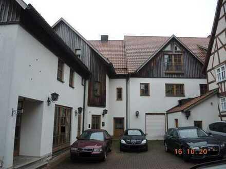 Wohn- und Geschäftshaus - zuletzt als Cafe & Bäckerei genutzt