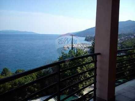 Tolle Wohnung mit Terrasse und traumhaften Meerblick