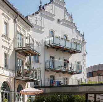 Modernisierte 3-Zimmer- Wohnung mit Balkon im Historischen Kurhaus Traunstein