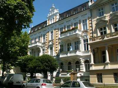 DI - großzügige 4-Zimmer Dachgeschosswohnung in der Berliner Vorstadt