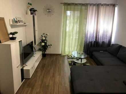 Schöne 2,5-Raum-Wohnung mit EBK und Balkon in Ludwigshafen