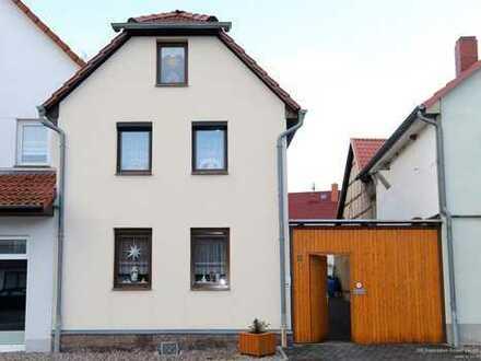 Vollständig modernisiertes, sehr gepflegtes Einfamilienhaus in Gräfentonna zum Sofortbezug!