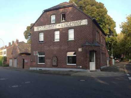 Vollständig renovierte 4-Zimmer-EG-Wohnung mit EBK in Wegberg