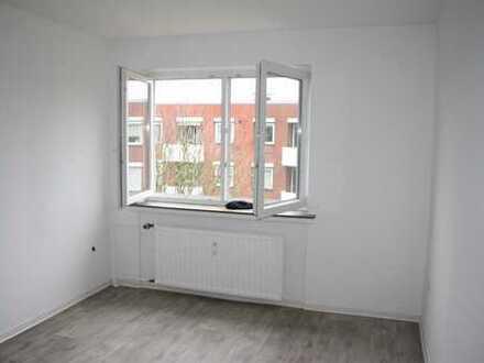 RESERVIERT renov. & gut geschnitt. 3 Zimmer Whg. mit Gäste-WC, Balkon und Stellplatz zu verkaufen!