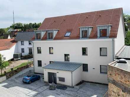 Neubauwohnung mit Südbalkon oder Terrasse - Im Herzen von Klingenmünster und doch sehr ruhig