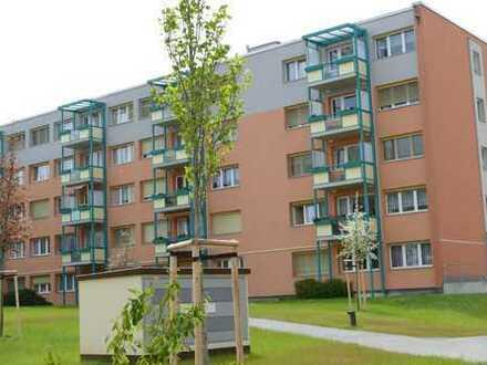 Kleines Apartment mit Balkon und Einbauküche frei!