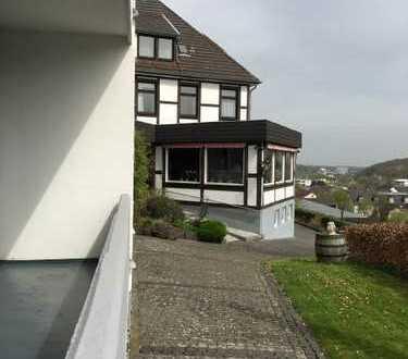 Gut gehendes, traditionelles, stilvolles Gastronomiehotel mit Schwimmbad in Bad Münstereifel