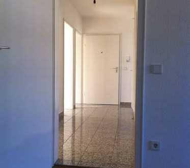 Helle 4 Zimmer Wohnung, 81qm, KA- Oststadt