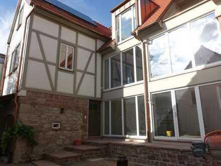 Modernes Wohnen mit historischem Charme: Erstbezug Einfamilienhaus in Thüngersheim