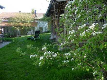 Großzügiges Haus mit schönem Garten in Randlage