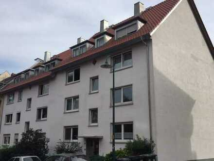 Stilvolle, sanierte 3-Zimmer-Wohnung mit Balkon in Darmstadt