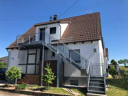 Attraktive 3-Zimmer-DG-Wohnung mit Balkon