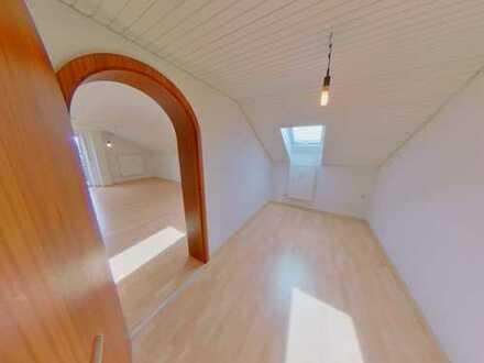 Großzügige Dachgeschosswohnung im Herzen von Aichach