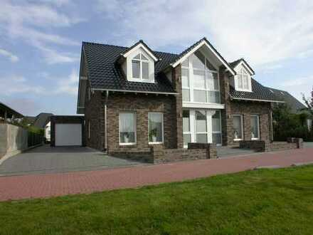 Sehr grosses Einfamilienhaus (ggf als 2-Familienhaus nutzbar) im schönen Neubaugebiet in Bedburg-Hau