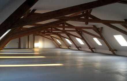 Dachgeschossloft für gewerbliche Nutzung -Erstbezug nach Ausbau / Renovierung