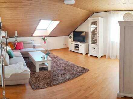Preiswerte, vollständig renovierte 4,5-Zimmer-Dachgeschosswohnung zur Miete in Pirmasens-Hengsberg