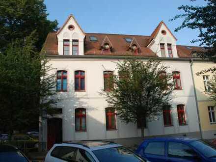 3-Raum-Wohnung im Zentrum mit Balkon und Tageslichtbad